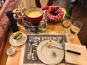 Cheese Fondue, Restaurant Swiss Chuchi, Grossmünster,Quaibrücke, Quay Bridge, Zurich, Zürich, Lake Zurich