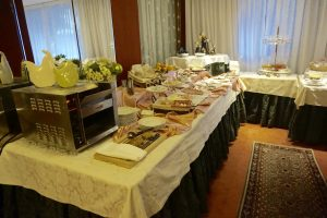 Madonna Di Campiglio, Dolomites, Italy, Skiing, Hotel Miramonti, Fasten Ur Seatbelts