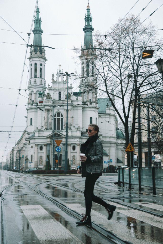 Warsaw, Poland, Warschau, Fasten Ur Seatbelts
