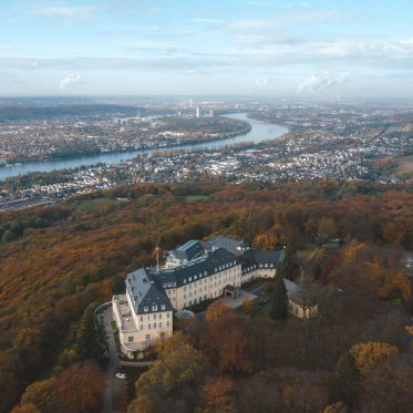 Steigenberger, Petersberg, Das Steigenberger Grandhotel & Spa auf dem Petersberg, Fasten Ur Seatbelts